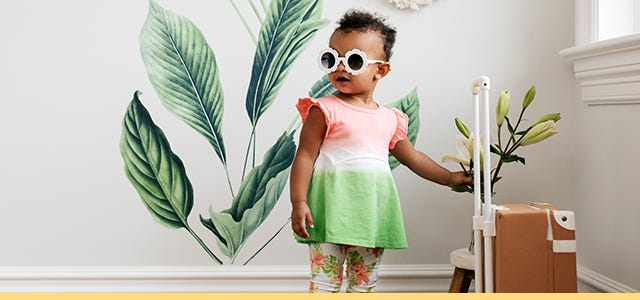 GOTS certified organic cotton Burt's Bees Baby® new arrival styles. Including dresses, coveralls, shortalls, rompers, jumpsuits, pants, long sleeve shirts, long sleeve shirts, tops, bodysuits, tunics, bottoms, sets, burps clothes, bibs, and pajamas.